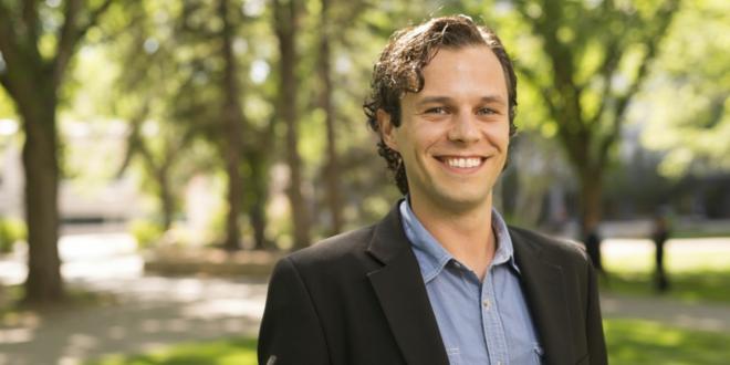 Jaris Swidrovich Shares his Views on Education